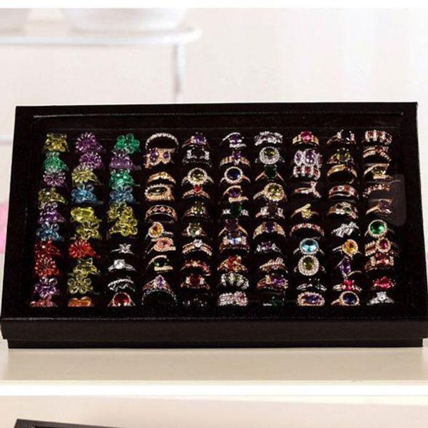 Organizzatore di gioielli Vassoio di visualizzazione per anelli Scatola di tappetini in velluto nero Scatola da 100 inserti per inserti Custodia Custodia Anello di immagazzinaggio Pin per orecchio Scatola di visualizzazione per orecchini Organizzatore