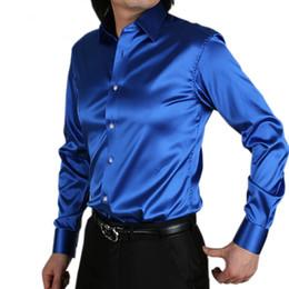 Großhandels-Mens-Art und Weise silk Entwerfer, der lose Kleid-Mann-Hemd-Oberseiten westliche zufällige 20 Farbe M - XXXL glänzt von Fabrikanten