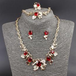 collar esmeralda de la boda fija Rebajas Al por mayor-venta caliente conjunto de joyas 18K chapado en oro de cristal austriaco collar pulsera anillo pendientes forma de flor de la joyería conjunto de la boda