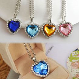 Wholesale Titanic Blue Heart - Wholesale-Fashion Titanic Heart Of Ocean Crystal Rhinestone Heart Sharped Pendant Necklace Blue Champagne Pink Fine Jewelry