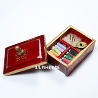 Wholesale Wood Spools Wholesale - Wholesale-1:12 Sewing Supply Brown Box with Threaded Spools Miniature For Re-ment Orcara Miniature Toys Dolls Accessories