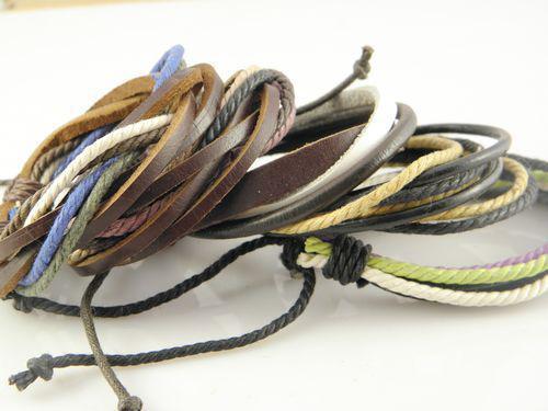 Beliebteste Männer Handmad Mutil-Schicht Leder Hanf Armbänder einstellbare Mix Reihenfolge