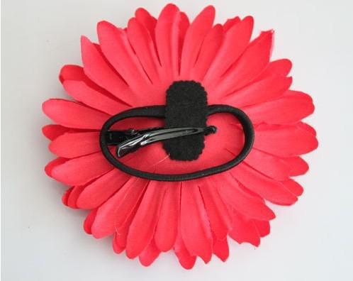 many colors for your choose Daisy silk flower hair clip Gerbaer hair holder bag accessories
