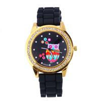 сова смотреть женщина оптовых-Творческий Сова Pattern кварцевые часы силиконовой лентой круглый циферблат Shaped Lady Watch новый милый аналоговый спортивные часы для женщины