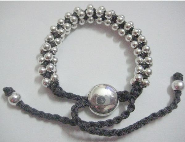 Art und Weiseschmucksachen 925 Silber Handcraft schwarzes Freundschaftskettenarmbandgesicht multi Korne Li23