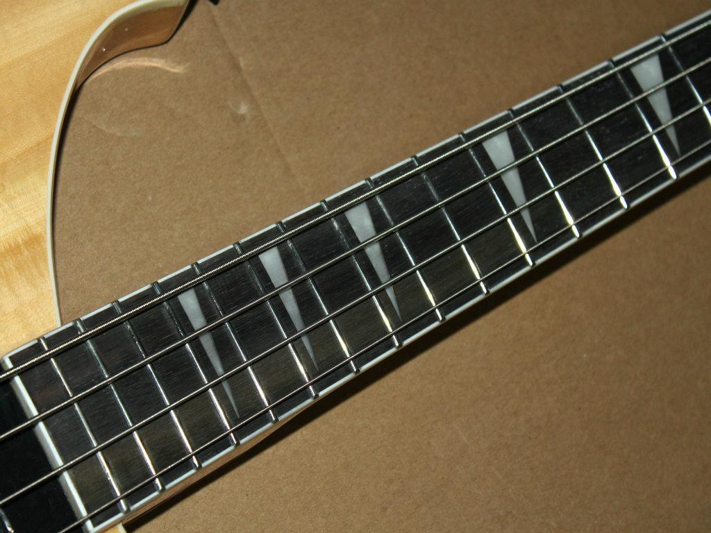 2019 wholesale strings exl170 electric bass guitar strings a111118 from vogueguitars. Black Bedroom Furniture Sets. Home Design Ideas