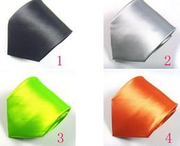 2019 funky bögen Krawatte Neu kommen 10 cm-Krawatte der Männer Krawatten-Art- und Weiseeinfarbige Hochzeits-Krawatten-Mann-Zusätze können Farbe wählen freies Verschiffen
