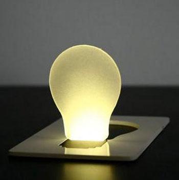 La luz portátil llevó, las mini luces de la novedad de la tarjeta de crédito llevaron la lámpara de la tarjeta con ventas al por mayor de la caja 2018 al por mayor ventas calientes