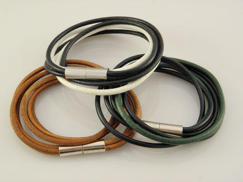 Neue stilvolle große Verkäufer-Männer Multilayer-Leder-Armband-Armbänder Beste Qualität Multicolor Weihnachtsgeschenke Mischungs-Auftrag
