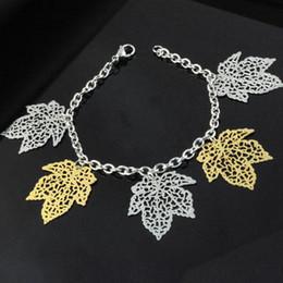 Fascino di foglie d'acero d'oro online-Elegante design bracciale in acciaio inossidabile placcato oro foglia d'acero charms bracciale cavigliera gioielli moda donna BR-1215