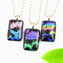 Wholesale Dichroic Glass Plate - Flower art fused dichroic foil murano glass pendants for necklaces jewelry jewellery handcrafted fashion jewellery Mup042
