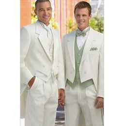 capa branca Desconto Qualidade superior Double Breasted Entalhe Lapela New White Groom Tailcoat Terno Do Noivo Do Casamento Dos Homens Ternos (Jacket + Pants + Tie + Vest) 05
