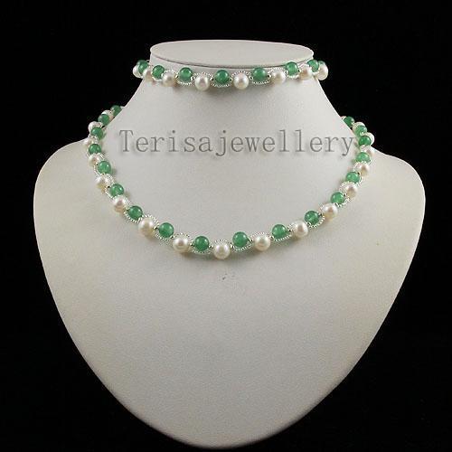 giada d'acqua dolce collana di perle bracciale moda donna gioielli set all'ingrosso A1340
