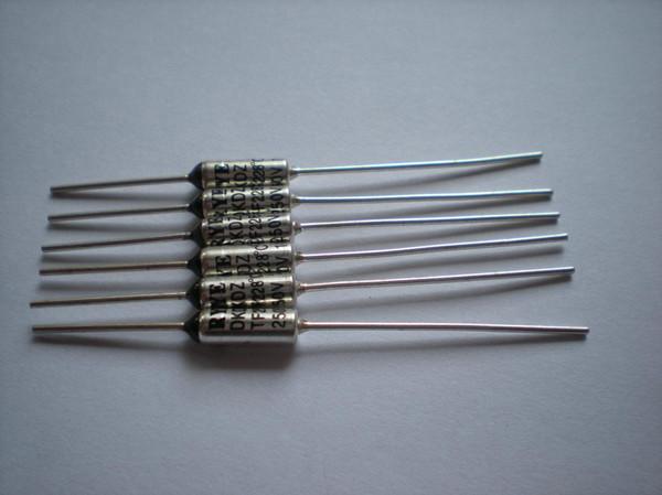 top popular Microtemp Thermal Fuse 227C 240C Cut-off 10A 250V 1000 Pcs Per Lot 2021