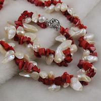koralle porzellan halskette großhandel-Frauenhalskettenarmband heißer Verkauf 2rows einzigartiger roter Korallenweißer Süßwasserperlenschmucksachesatz A1427