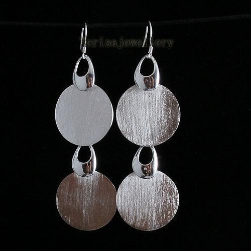 Vackra Silver Smycken Set Halsband Armband Örhängen Partihandel Kvinnors Smycken Gratis Frakt A1476