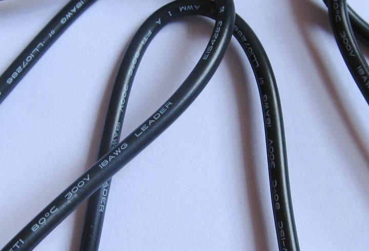 قابس كهرباء / كابل بقوة 6،0 مم × 4،4 مم لسوني الخ / الكمبيوتر المحمول / الكمبيوتر الدفتري 6.0 / 6،4 × 4،4 مم