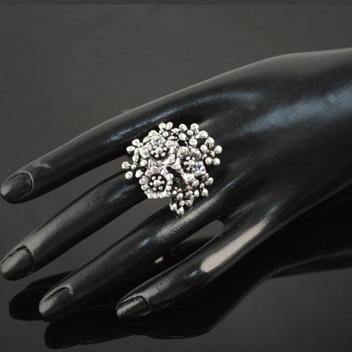 Arbeiten Sie silberne Farbenmetallkorallenringe der Weinlese für silbernen dehnbaren Ring der Frauenantike silbernen Schmucksachen des einzigartigen Entwurfs korallenroten Größen RN-420 um