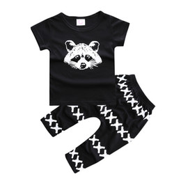 cross brand t shirt Promo Codes - INS Autumn Summer Best Selling 2PCS Set Baby Boys Set 100% Cotton Bear T-shirt + Boys cross PP Pant Black Kids Clothes Arrow Printing