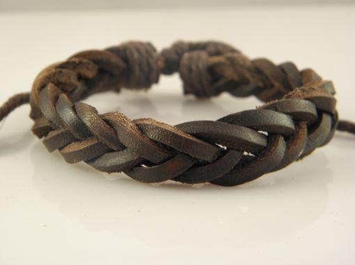 Meistverkaufte stilvolle Herren Leder Geflochtene Armbänder Handmade Adjustable + Gift