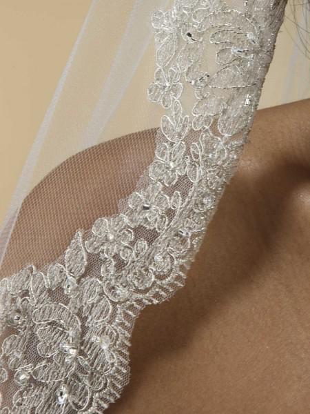 1層 - 銀のねじ込みチェーンスカラップされたエッジ刺繍入りベールと真珠のスパンコール結婚式のベール002