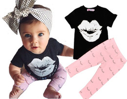 Wholesale Hot New T Shirt Designs - INS Hot Selling Children Sets New Designs Girl Clothes Sets Lip T-shirt +Full Eyelash Print Pants Two Piece Sets Free Shipping