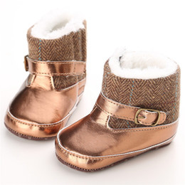 Wholesale Warm Boots For Baby Girls - Baby cute blingbling snow boots prewalkers Soft sole winter warm shoes Infants cute fashion shiny pvc splicing boots for boys girls 0-1T