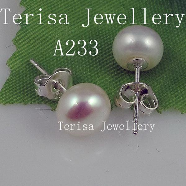 free shipping wholesale AA size:8-9mm white color fresh water pearl earring silver stud earring A233