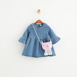Jeans Léger En Jean Denim Pas Cher-2017Girls Denim Dress New Enfants Vêtements printemps Casual Light Blue Girls Jeans Dress Fashion Flare Sleeve Enfants Vêtements