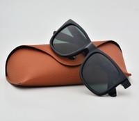 brillenetuis für männer großhandel-Klassische Männer Sonnenbrillen Für Frauen Vintage Brand Design Retro Sonnenbrille Stile Brille UV400 Schützen Hochwertige Brillen mit kostenlosen Fällen