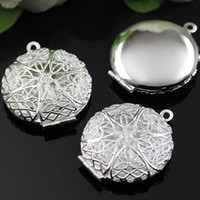 Wholesale Craft Pendant Frame Wholesale - DIY Silver European Hollow Out Locket,Vintage Pendants Box Craft Photo Frame Locket Jewelry Finding