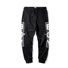 Wholesale British Boys - 1147 Eagles Hip Hop Casual Boy London Capris pants black Women Mens clothing Pullover paillette plaid printed British pants Lovers S-XXXL