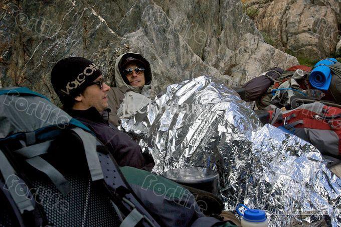 Manta aislante de emergencia plateada Manta de salvamento Senderismo Camping manta de emergencia 10 UNIDS / LOTE ENVÍO GRATIS