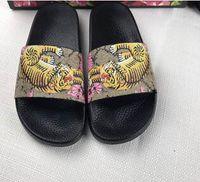 Wholesale Strap Heels Women - Europe Brand Fashion slide sandals slippers men and women WITH BOX Designer flower printed unisex beach flip flops slipper BEST QUALITY