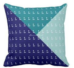 Patrón de almohada triángulo online-Triángulos geométricos personalizados directos de alta calidad de la fábrica al por mayor con el patrón de las iniciales almohada de doble cara cubre 16 pulgadas 18 pulgadas 20 pulgadas