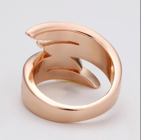 18K 로즈 골드 반지 아름다운 새로운 반짝 이는 크리스탈 패션 쥬얼리 20pcs / lot