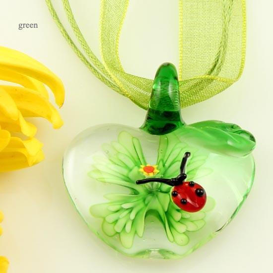 Apple mariquita italiano lampwork veneciano soplado cristal de murano colgantes hechos a mano para collares joyería de moda barata Mup083