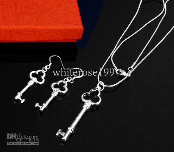 도매 - 최저 가격 크리스마스 선물 925 스털링 실버 패션 목걸이 + 귀걸이 세트 S200