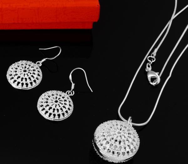 Großhandel - niedrigster Preis Weihnachtsgeschenk 925 Sterling Silber Fashion Halskette + Ohrringe Set S32