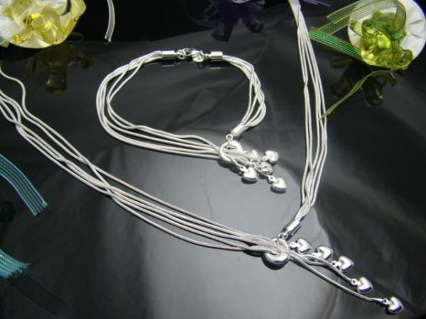 Hurtownie - najniższa cena Boże Narodzenie prezent 925 srebrny naszyjnik + zestaw bransoletki S70