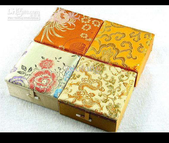 Silk Brocade Jewellery Gift Boxes Square Cotton Filled Keepsake Box High End Bangle Bracelets Box Mix Color Free