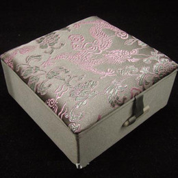 Wholesale Lined Jewelry Boxes - Chinese Bracelet Gift Boxes Jewelry 10pcs Mix Color Pattern 4*4 inch Silk Fabric Square Lined Box