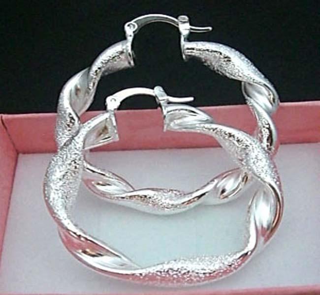 Nowy styl 925 Srebrny Frosted Twist Circles Kolczyki Gorąca Sprzedaż 20 PAIS HOT