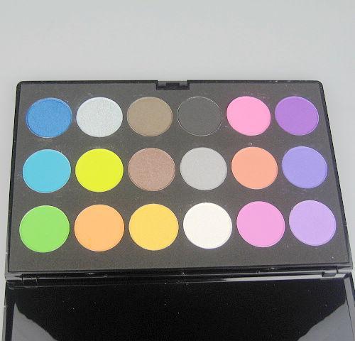 1 Sztuk / partia Pro 18 Kolor Shimmer Matte Palette Eyeshadow Palety Eye Shadow Makeup Eyeshadow Suite Długotrwałe 3306-2 #