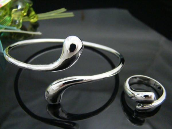 도매 - - 소매 최저 가격 크리스마스 선물 925 실버 타원형 팔찌 + 반지는 S031을 설정