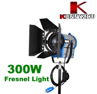 Wholesale fresnel lights - Continous Lighting Video Studio Fresnel Tungsten Light 300W + Bulb+Barndoor GY9.5 80mm Lens Diameter Via Fedex DHL