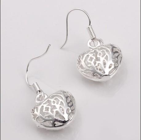 Europa und Amerika verkaufen 925 Silber Ohrringe Ohrringe kleine feste Herz Anhänger 20 Paar / Lot