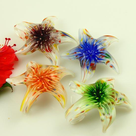 Pendentifs en verre de Murano soufflé en verre de Murano, fleur de starfish italienne