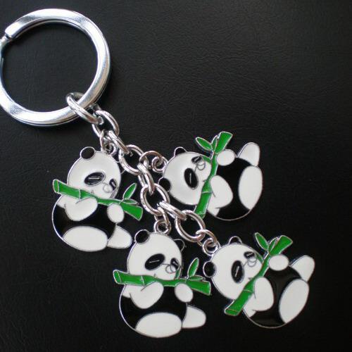 Горячая распродажа ключей Кольцо цинкового сплава Брелок с 4 подвесками Panda, 50 шт. / Лот, бесплатная экспресс-доставка CK0072