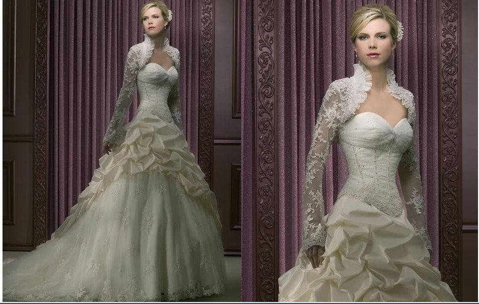 Discount Winter Wedding Gowns With Long Sleeve Lace Shrug